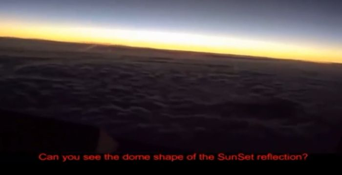 Pilot At 40 Thousand Feet Undeniable Flat Earth Video